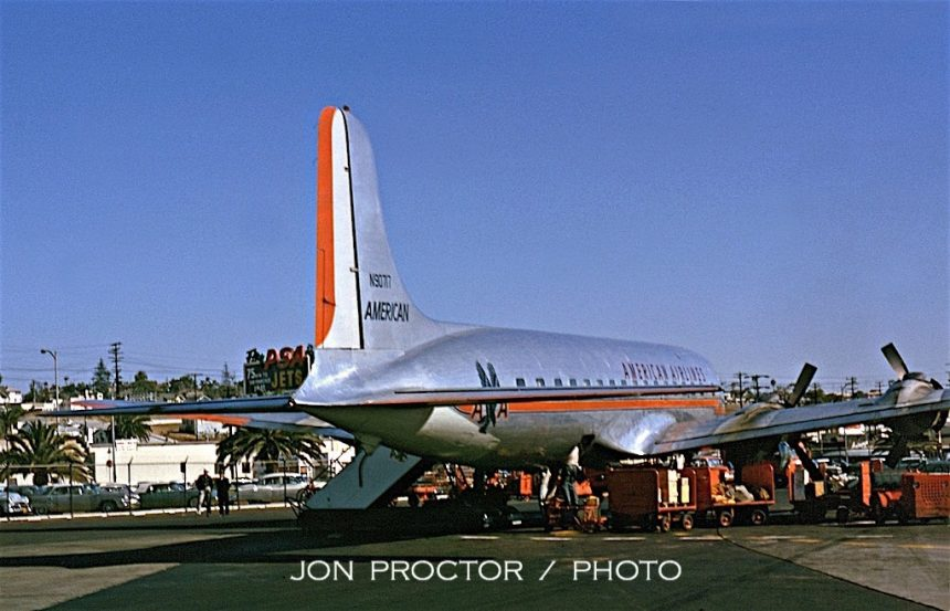 DC-6 N90717 SAN 11:17:62