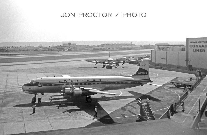 DC-6B N93119 SAN 1958-7402478