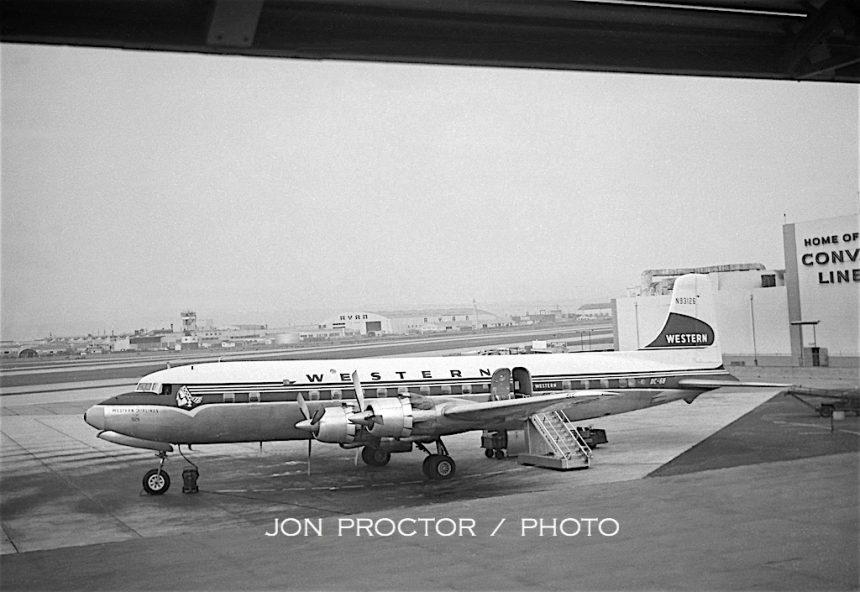DC-6B N93126 SAN 7:17:59
