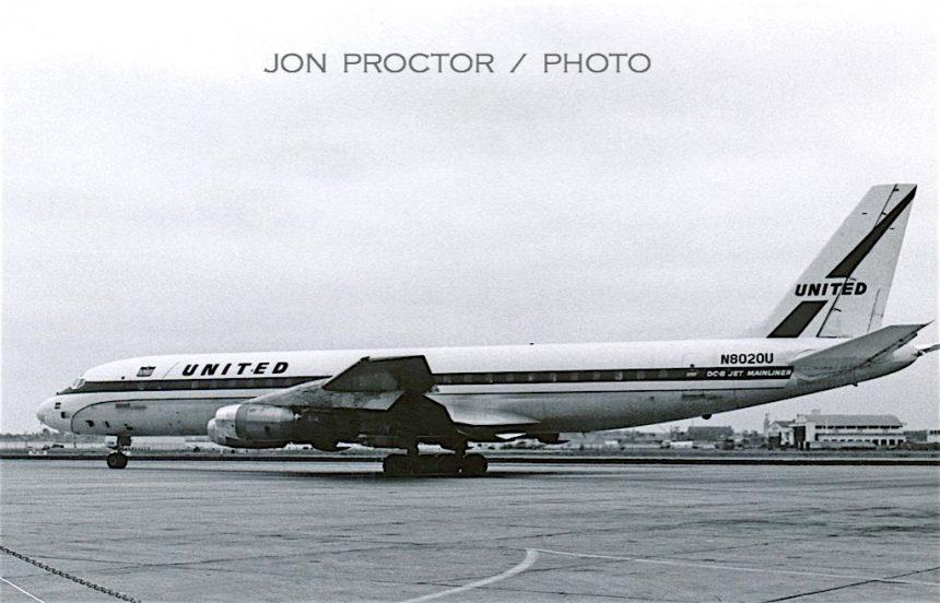 DC-8-21 N8020U SAN 5:28:61