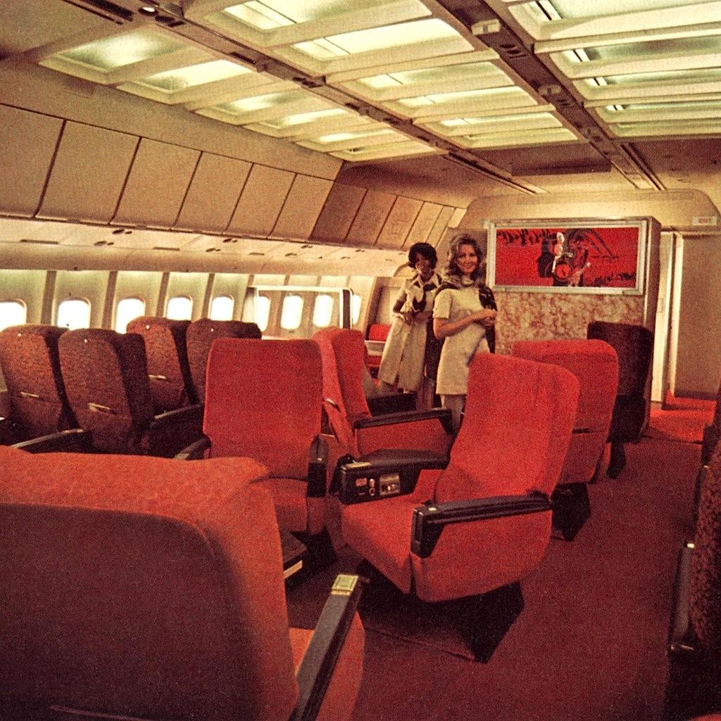 Ambassador Class TWA L1011 N11014 July 1995   TWA offered ...  Twa 747 Cabin