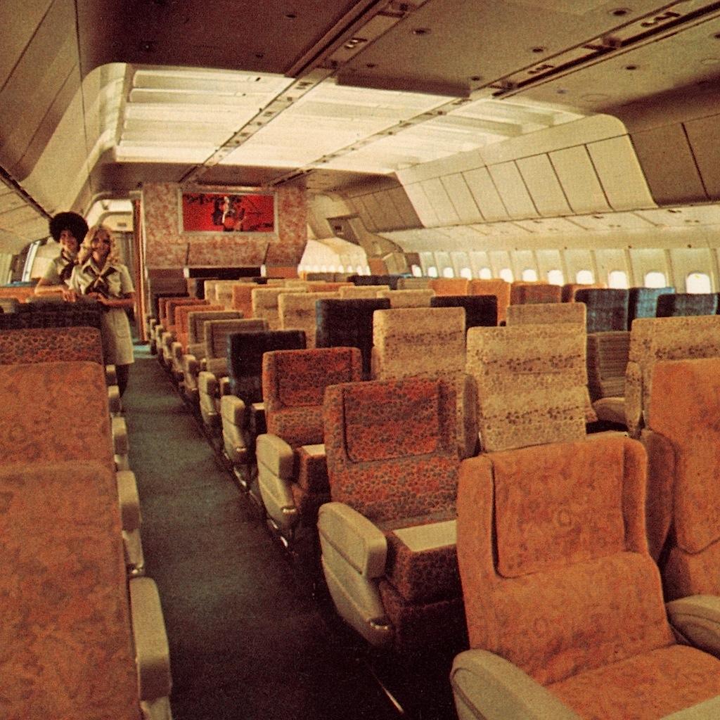 TWA First Class at the L-1011   Trans World Airlines ...  Twa 747 Cabin