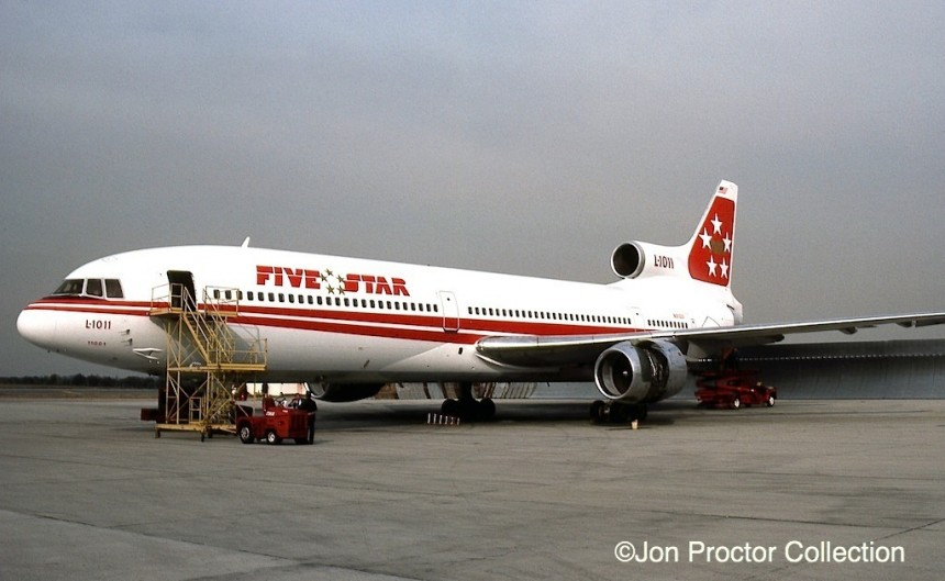 One of the two TWA L-1011s to wear Five Star markings is seen at Los Angles in November 1984. The simple livery modification allowed easy changeovers between the two operators.