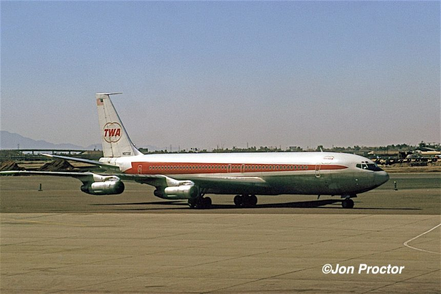 707-331B N8738 PHX 02-19-1973 JP