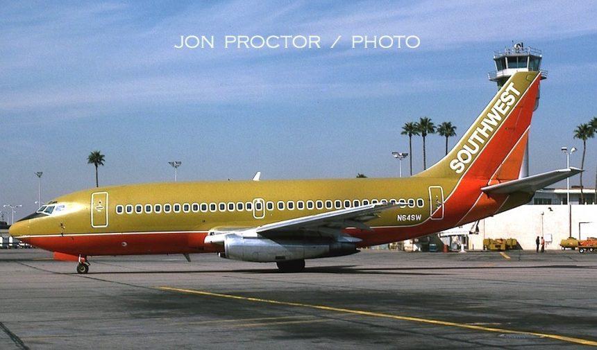 737-2H4 N64SW PHX 2:6:85-H