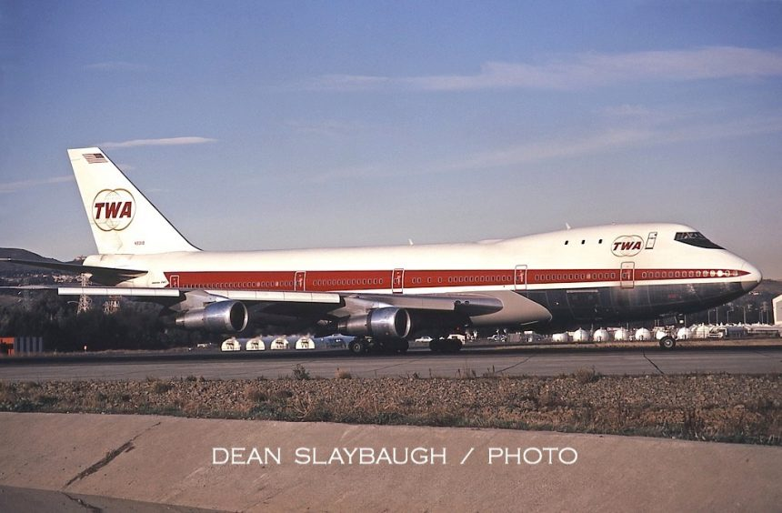 747-131 N93119 SFO 1:72 - lo