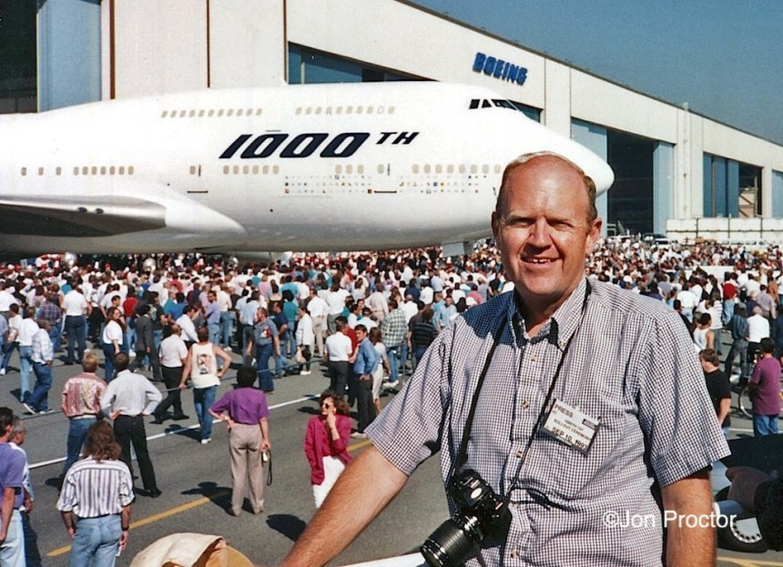 747-412 9V-SMU PAE 1993-09-10 1000th 747