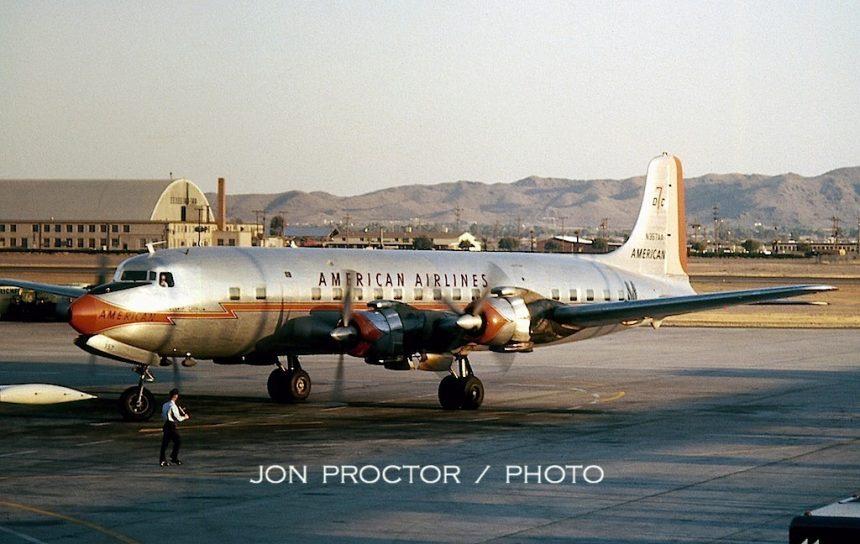 DC-7B N357AA PHX 12:29:60-5930668