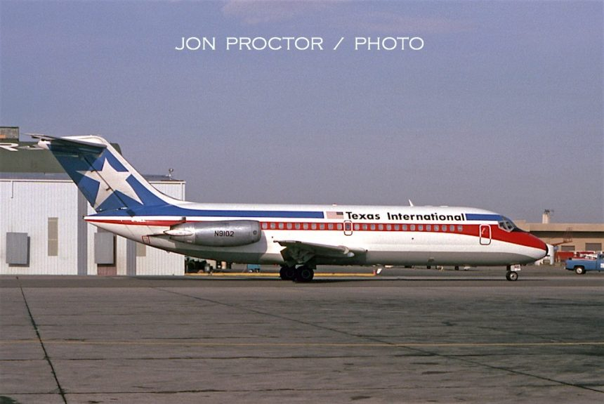 DC-9-14 N9102 ABQ 9:29:79