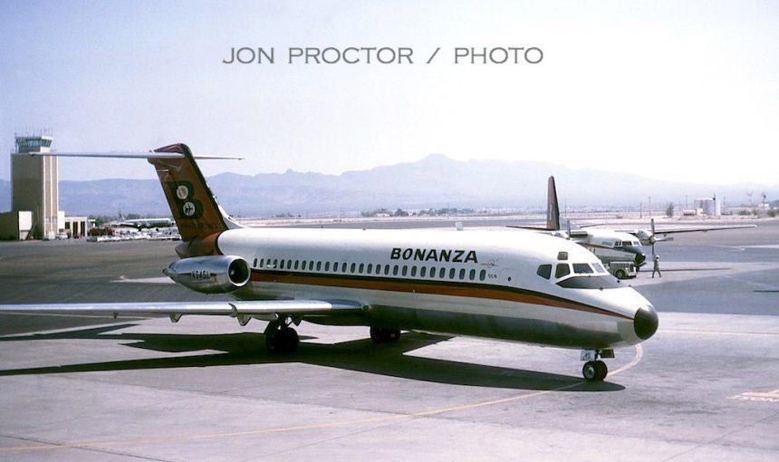 DC-9-14 N945L LAS 4:66