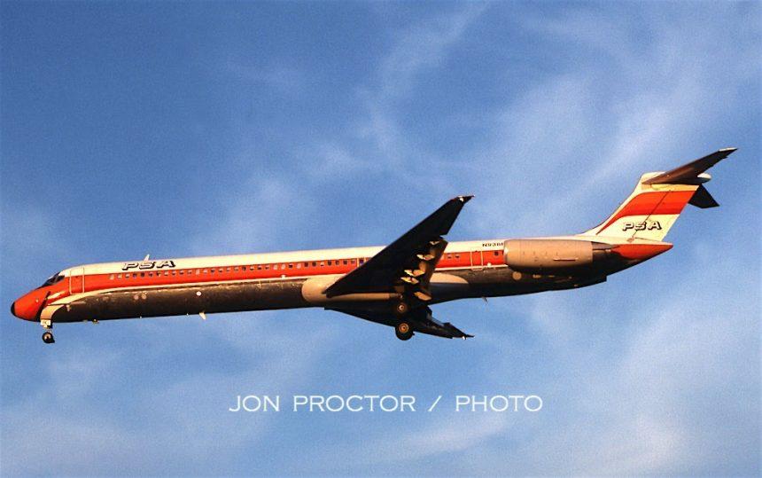 DC-9-81 N938PS SJC 10:20:84
