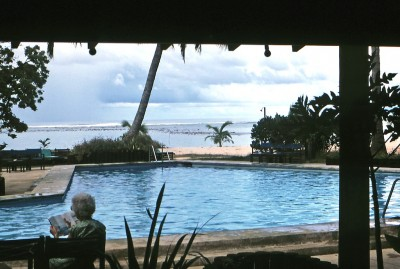 03-15 RAR pax hotel pool