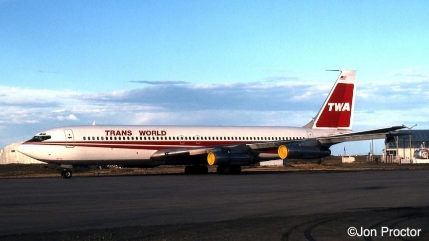 707-331B N18712 RGL cropped