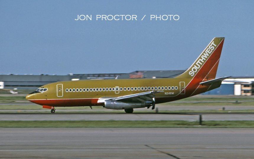 737-2H4 N24SW STL 5:85