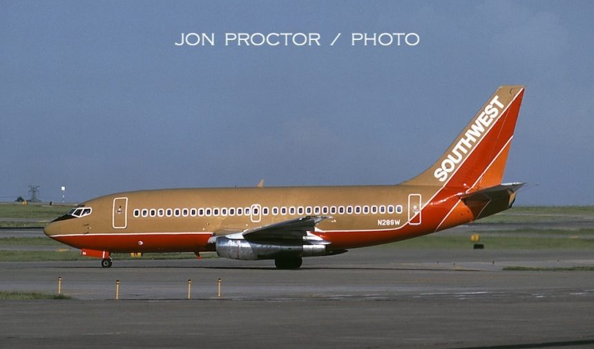 737-2H4 N28SW STL 05-22-85