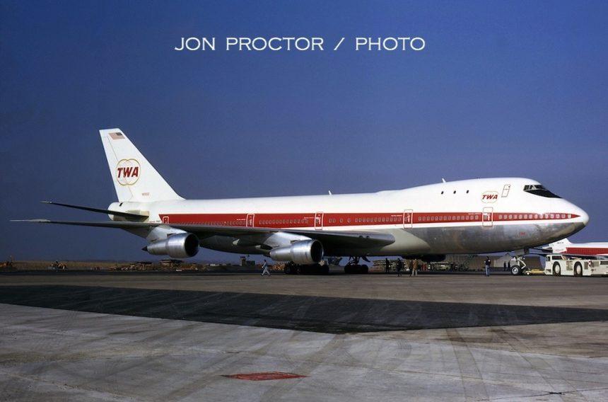 747-131-n93102-mci-11470