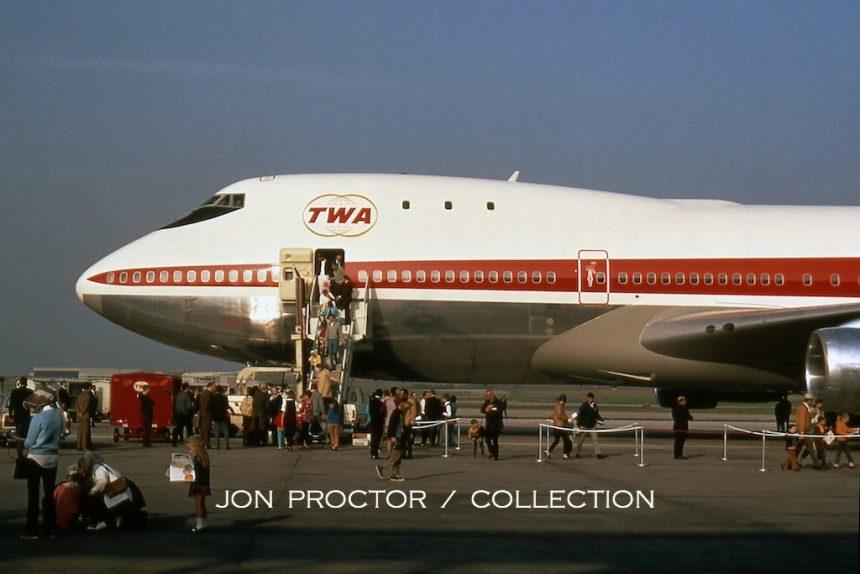747-131 N93113 STL del 10-22-70