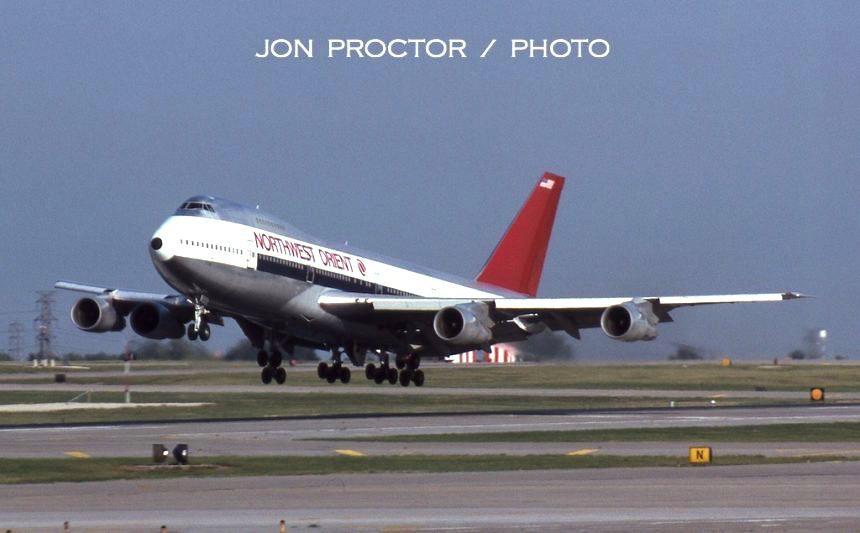 747-251B-N627US-STL-91284-860x533