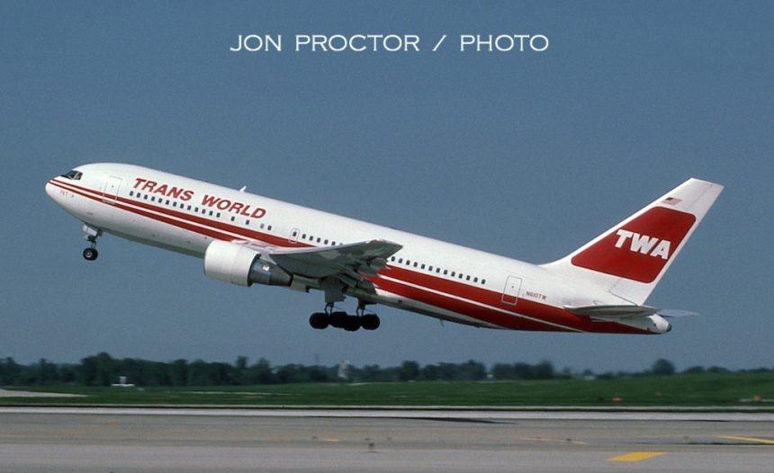 767-231 N610TW STL 05-02-1985