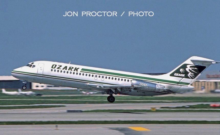 DC-9-15-N969Z-47001-STL-5285-860x527