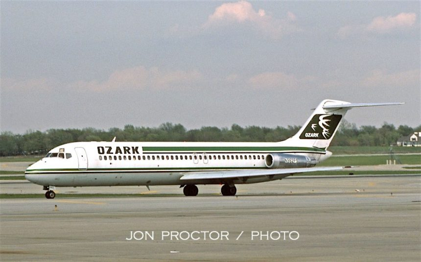 DC-9-31 N982PS STL 4:12:85