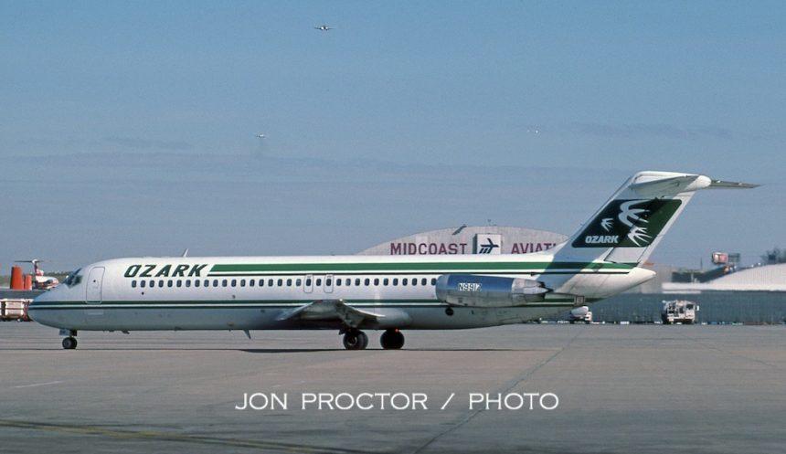 DC-9-31 N991Z STL 04-02-1985