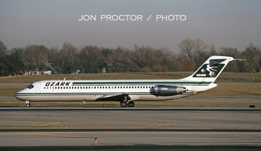 DC-9-41 N933L STL 12:7:84