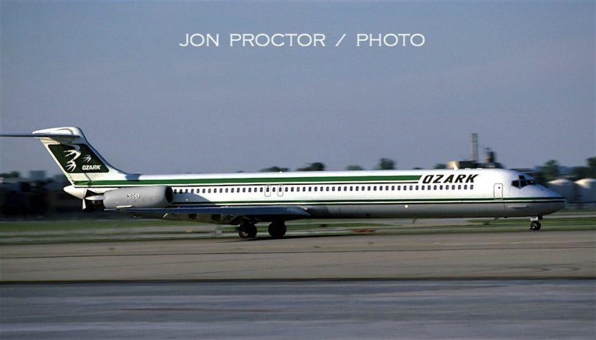 DC-9-82 N951U STL 8:85